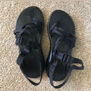 Size 8.5 Multiple Strapped Chacos